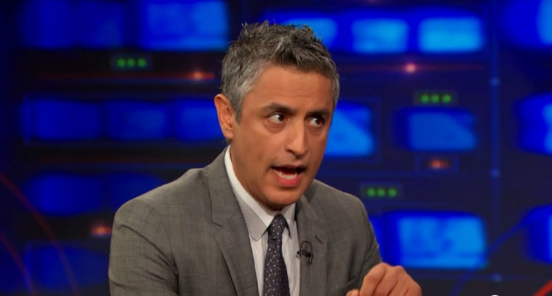 Reza-Aslan-on-The-Daily-Show-Screenshot-800x430